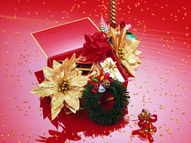 Christmas christmas gifts and flowers wallpaper